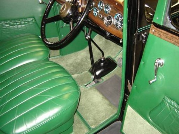 1966 chevy suburban by pauls custom interiors auto html autos weblog. Black Bedroom Furniture Sets. Home Design Ideas