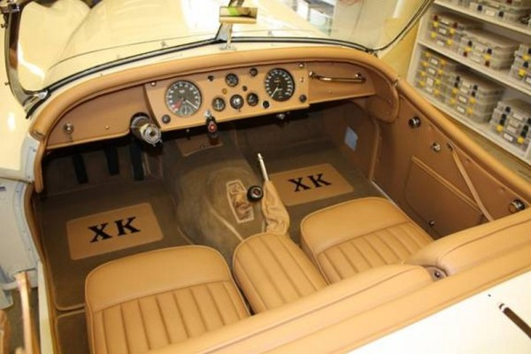 1956-jaquar-xk14-02