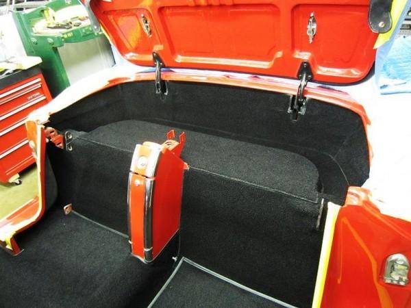 1962-corvette-convertible-10