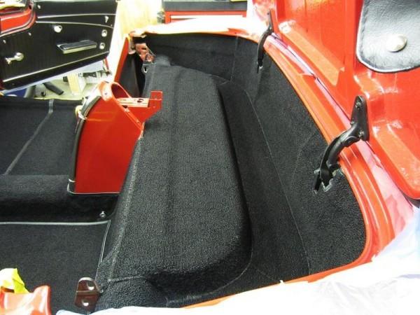 1962-corvette-convertible-11
