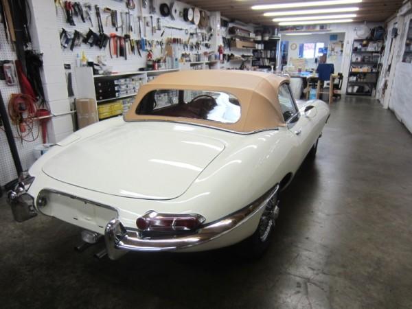1965-jaguar-xke-16