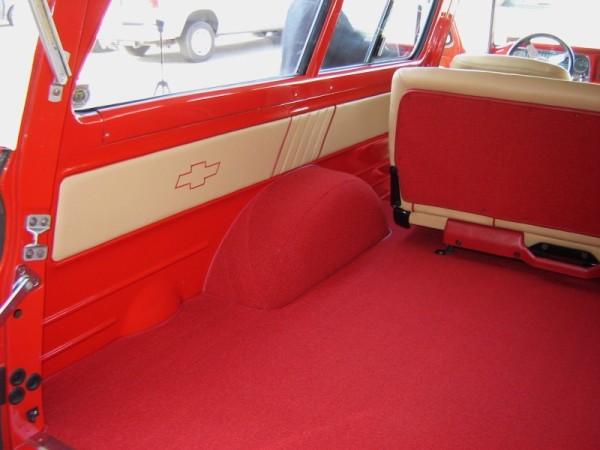 1966-chevy-suburban-10